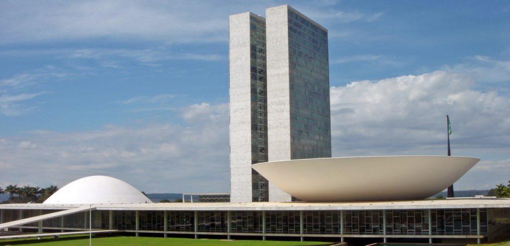 Adiamento da reforma gera mal estar no Planalto e no Congresso