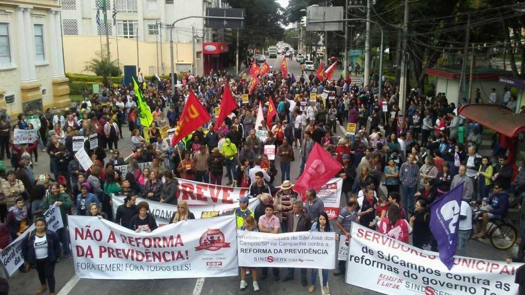 Ato em São José reúne 1.500 pessoas contra a Reforma da Previdência